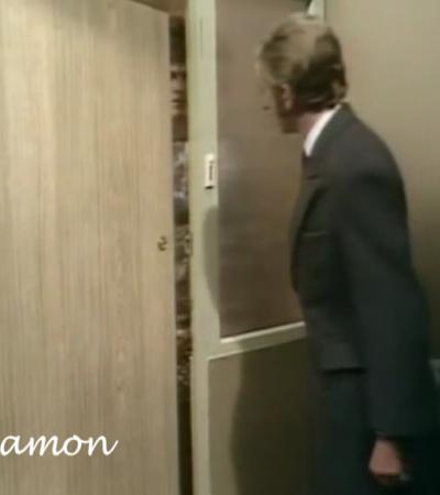 Dur Tu Dur ili Dahtanje za vrat od vrata do vrata