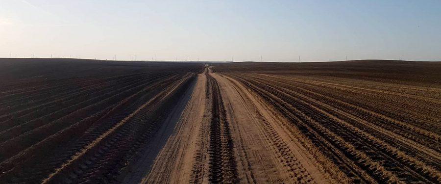 """VOICE: """"Almex"""" ore desetine hiljada hektara, a otima državne njive od pančevačkih ratara"""