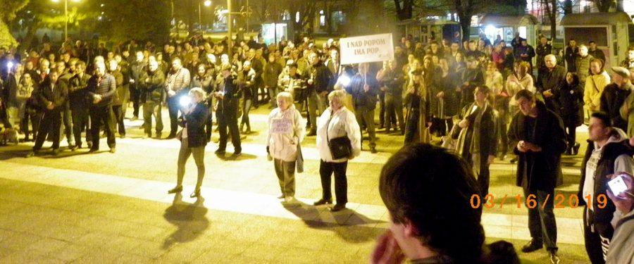 Protest u Kovinu: Zemljom vlada potrčko četničkog vojvode i umišljeni evropejac