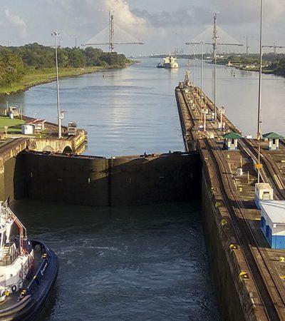 Panamski kanal – botaničku baštu nadleću fregate