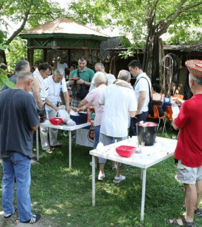U nedelju Drugi festival šopske salate