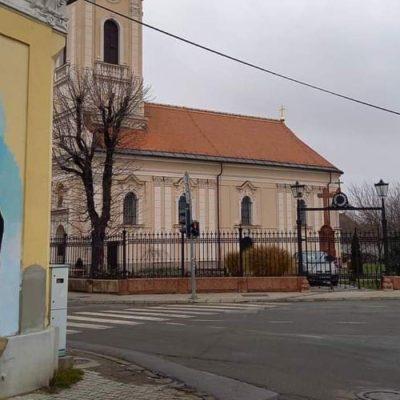 Šarenilo murala za prekrivanje sveopšteg crnila