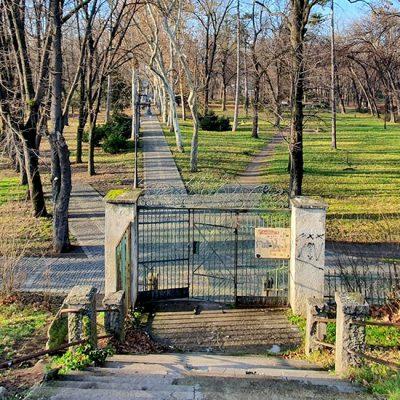 Vršački ekolozi pokrenuli akcije za zaštitu parka u svom gradu
